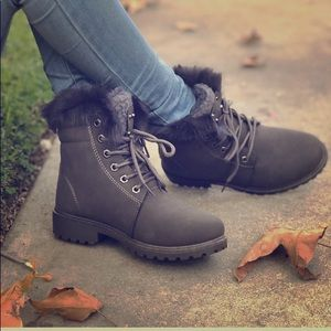 Shoes - Gray Faux leather women boots